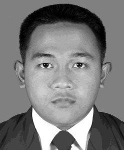 Saiful Hitam Putih